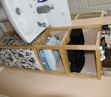 Bathroom Shelving unit ! Almost New !!