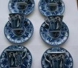 6 Royal Blue/White cups/saucers with Lange Lijs ( Long Eliza) Decoration