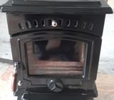 Tara 5.5KW Stove C/W with Marble Base and all parts.