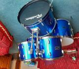 Drum kit- excellent condition