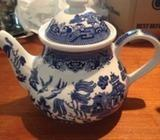 Willow Pattern Tea Pot