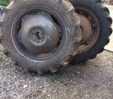Tractor wheels 12.4/11/28